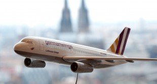 121206_GERMANWINGS_6306