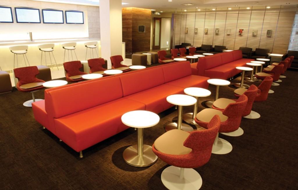 oneworld lounge barQuelle: oneworld