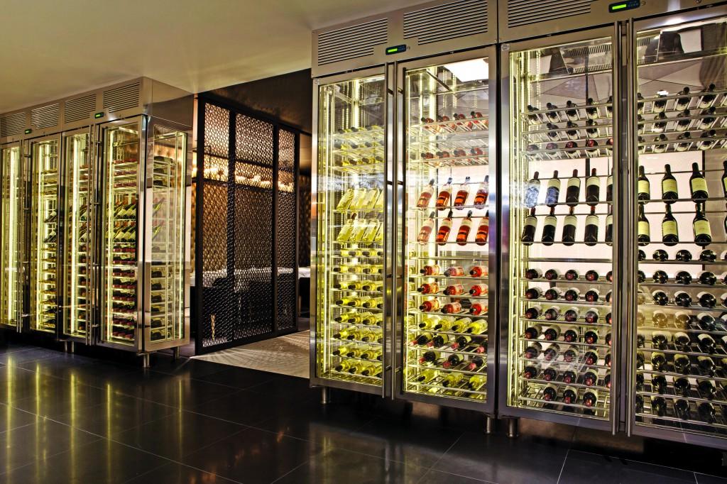 Getränkeauswahl in der Premium Lounge der Qatar Airways in London Heathrow Foto: oneworld