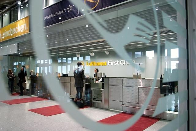 Fist Class Check-in und Gepäckabfertigung für HON Circle Mitglieder Foto: Lufthansa