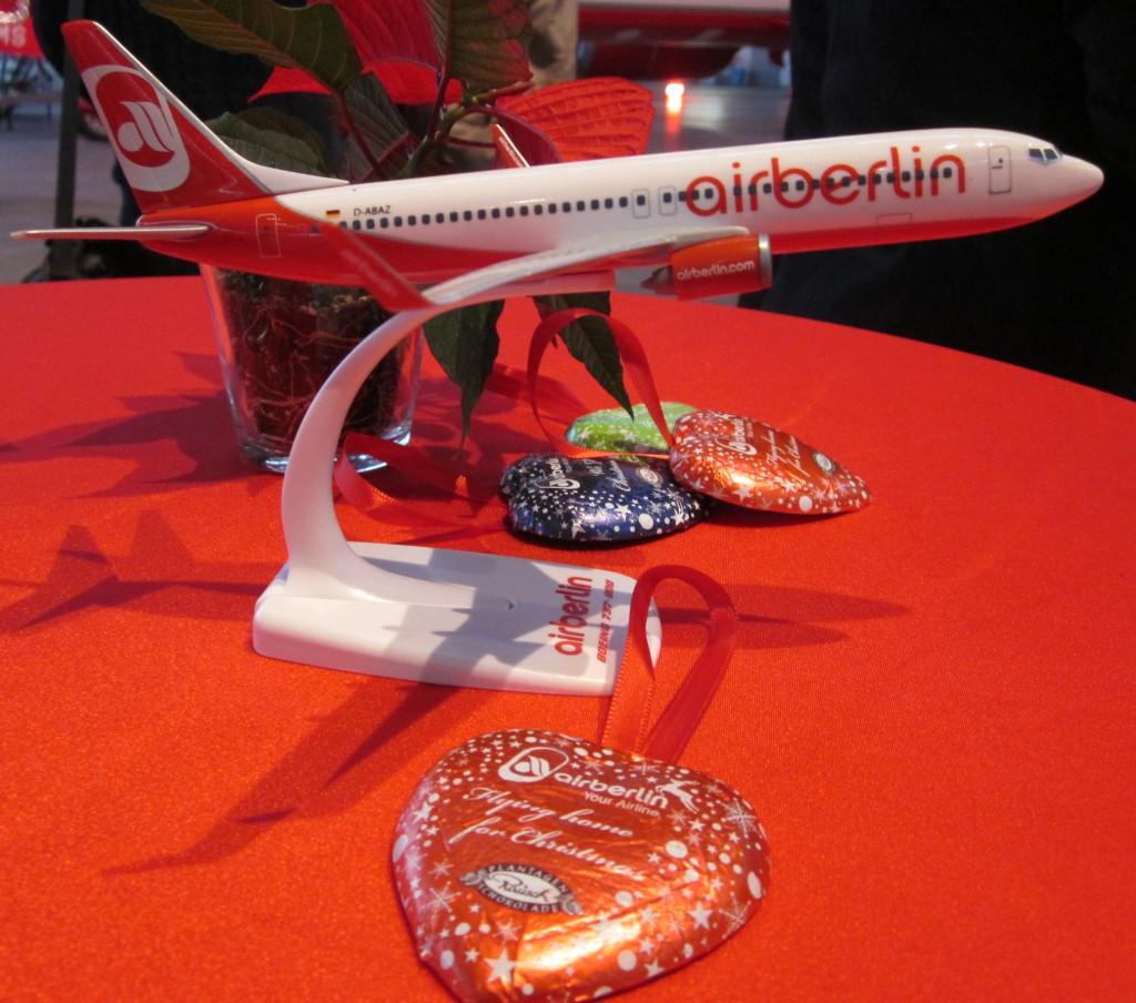 Airberlin Weihnachts-Herzen als Baumschmuck Foto: Vielflieger-Lounges.de