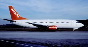 Foto: EasyJet Boeing 737-300; G-EZYB@ZRH, February 2001/ CIKAero Icarus