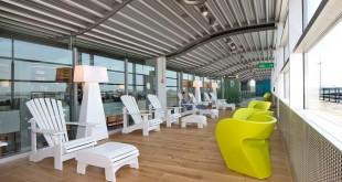 """Neuer Wartebereich auf dem """"Upper Deck"""" Foto: Flughafen Hamburg"""