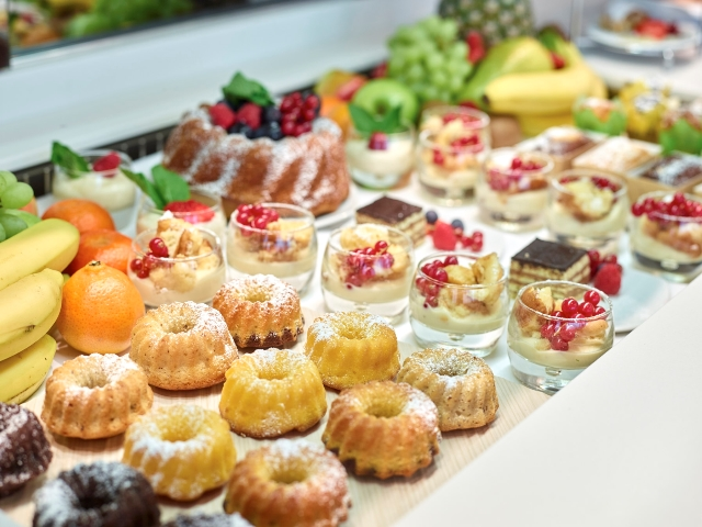 Desserts in der Business Lounge Satellit MUC Foto: Lufthansa